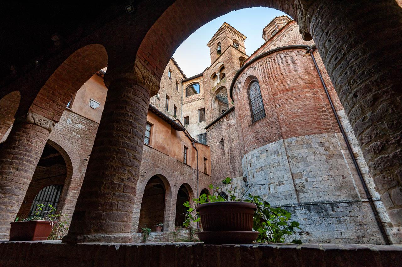 Chiostro della chiesa di San Cristoforo Duccio Fiorini